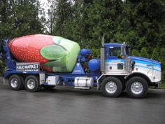 Strawberry - Good Vehicle Wrap Design
