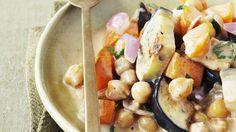 Kichererbsen und Auberginen in Kokos-Curry-Sauce