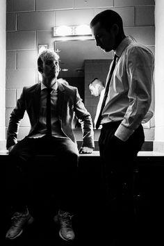 tyler joseph // josh dun // twenty one pilots Joshua William Dun, Joshua Dun, Linkin Park, Clique Art, Twenty One Pilots Wallpaper, Tyler Joseph Josh Dun, Screamo, One Ok Rock, Foto Pose