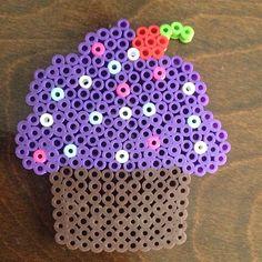 Cupcake perler beads by perler_bead_ideas