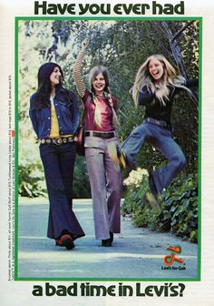 Finnfemme: Have You Ever Had a Bad Time in Levi's? Vintage 1972 Levi's for Gals ad Vintage Jeans, Vintage Outfits, Ad Fashion, Vintage Fashion, Fashion Trends, Fashion Stores, Denim Fashion, Fashion Boutique, Fashion Tips