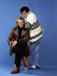starsky and hutch Tv Vintage, Vintage Hollywood, 70s Tv Shows, Old Shows, Detective, Magic Memories, Childhood Memories, Paul Michael Glaser, David Soul