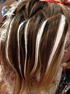 Balayage on Gray Hair - highlights-highlighting-coloring . Balayage on Gray Hair - highlights-high Balayage Bob, Bayalage, Caramel Blond, Gray Hair Highlights, Balayage Highlights, Balayage Color, Blonder Bob, Hair Color Techniques, Colorful Hair
