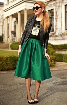 9e26362fc1b76e Choies Women's Polyester Glitter Midi Skater Skirt at Amazon Women's  Clothing store: Green Pencil Skirts