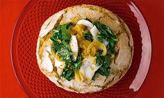 Bacalhau para cozinhar e comer na broa. Não deixe cozer demasiado no forno, para que o bacalhau e a broa se mantenham macios. Este bacalhau com broa é um prato que enche o olho e é verdadeiramente suculento. Home Food, Allrecipes, Hummus, Carne, Tacos, Menu, Cooking, Ethnic Recipes, Easy