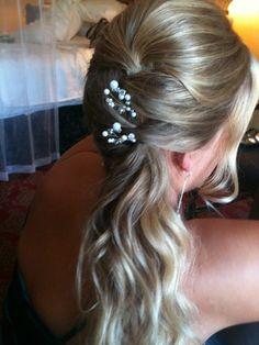 www.caseydoeshair.com  wedding hair do's
