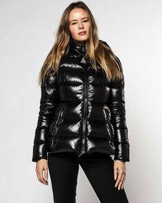 Outerwear Women, Outerwear Jackets, Puffer Jackets, Women's Puffer, Moncler, Black Women, Latest Trends, Jackets For Women, Leather Jacket
