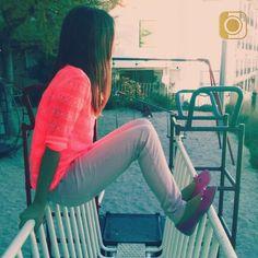 Camiseta scrunch y pantalon baquero rosa palo