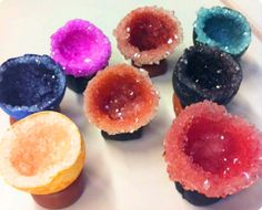 Acid Dye Egg Geode - way cool - something for Charlie to try, way down the track ...
