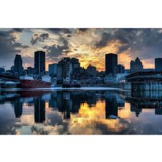 Montreal Quebec, Photos, Pictures, Photo Credit, New York Skyline, Canada, Travel, Viajes, Photographs