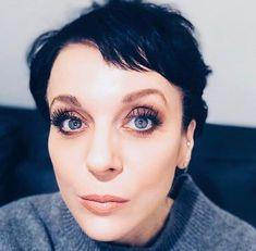 Amanda Abbington, Sherlock, Instagram