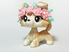LPS Littlest Pet Shop OOAK Handpainted Collie. Lps Dog, Lps Cats, Little Pet Shop, Little Pets, Lps Collies, Collie Dog, Lps Customs For Sale, Barbie Ballet, Rare Lps