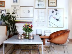 Expert Advice: 10 Tips on Displaying Art at Home