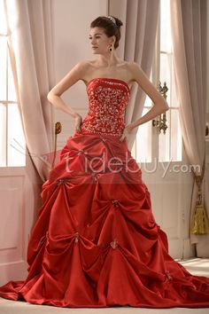 華やかなストラップレスチャペル刺繍ウエディングドレス
