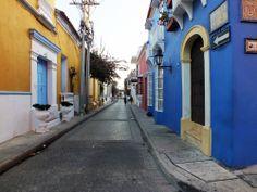 Paseo por las coloridas calles de la ciudad antigüa. Por Iván Lara