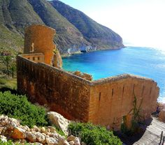 Cala de Sant Pedro - Cabo de Gata, Almería, Spain. San Pedro Beach, Great Places, Places To See, Spain Holidays, Natural Park, Balearic Islands, Next Holiday, Andalusia, Adventure Is Out There