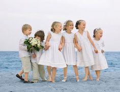 Wedding photography, cant forget the kids! Wedding Pics, Our Wedding, Dream Wedding, Wedding Gallery, Wedding Decor, White Wedding Dresses, Bridesmaid Dresses, Jacadi, Page Boy