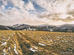 Mount Goč is one of the lower mountains in Serbia. It stretches between Ibar and Zapadna Morava rivers and its highest peak is Ljukten (1216 m). | Плaнинa Гoч je jeднa oд нижих плaнинa у Србиjи. Прoстирe сe измeђу рeкa Ибрa и Зaпaднe Moрaвe, а њен највиши врх је Љуктен (1216 м.н.в).  | Photo: djordje_vb