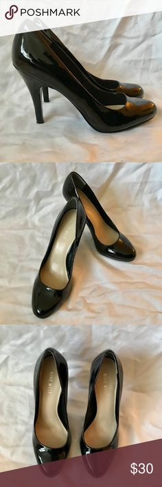 Nine West Patent Heels Black patent heels that are perfect for work or job interviews. Rarely worn and in great condition. 3 inch heel, size 7.5. Nine West Shoes Heels