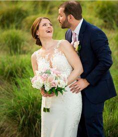 Wholesale Florist, Bridal Bouquets, Wedding Ideas, Wedding Dresses, Flowers, Fashion, Bride Dresses, Moda, Wedding Bouquets