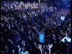 ▶ Dino Merlin feat. Željko Joksimović - Supermen - 2004 LIVE! - YouTube.