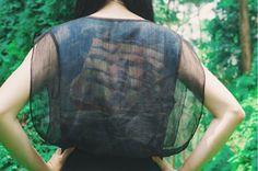 Verloren in Kyoto-Kollektion schwarz schiere Garn Kleid mit Schiff-Malerei