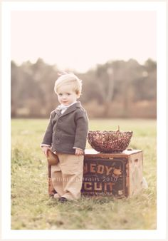 Must try this when baby is a bit bigger. I don't always go for props, but I think this is just perfect! Plus, how cute is that jacket? Photo by Stephanie Piscitelli, Bellini Portraits