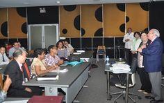 Ministra de Educación Superior insta a docentes al fomento de la discusión y la investigación
