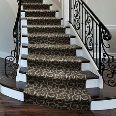 Discount Carpet Runners For Hall Redo Stairs, Staircase Makeover, Stairway Carpet, Patterned Stair Carpet, Hardwood Floor Colors, Hardwood Floors, Cost Of Carpet, Flooring For Stairs, Houses