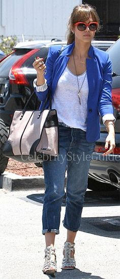 Jessica Alba Style and Fashion - Level 99 Relaxed Lily Jeans in Darin on Celebrity Style Guide
