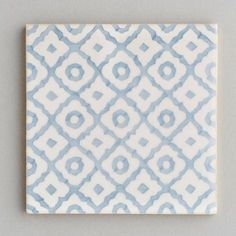 Monchique - handpainted, handmade patterned grey and white tiles. Portuguese tiles for bathrooms and kitchens from Everett and Blue Blue Kitchen Tiles, Blue Tiles, Kitchen Redo, White Tiles, Kitchen Backsplash, Backsplash Ideas, Tile Ideas, Patterned Kitchen Tiles, Splashback Tiles