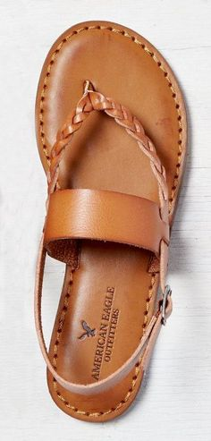 Cute summer leather sandals! Love!