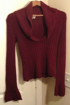 RAVE BURGUNDY RED LONG SLEEVE RIBBED SWEATER BELL SLEEVE SIZE MEDIUM JUNIORS #RAVE #Sweater #Casual