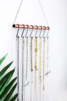 because necklace organization is the worst, here's a chic & functional DIY…