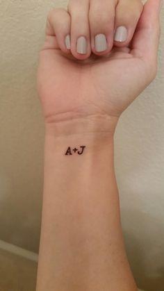 A+J J Tattoo, Color Tattoo, Tattoo Quotes, Four Leaf Clover Tattoo, Clover Tattoos, J Letter Images, Alphabet Tattoo Designs, Faded Nails, Beautiful Small Tattoos