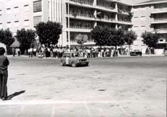 O meu pai João Fortes numa prova de pericia, em 1973 no Largo do tribunal de Almada.
