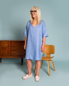 In luxe linen LETA DRESS is the perfect transseasonal throw-on ready to be accessoried up for work or worn casually on the weekend. In gorgeous Sky blue or chic Midnight black and a full-zip back this one is online and instore now! #obusclothing #obusfortheladies #twentyyearsofobus #linen #originaldesign #designedinmelbourne #madeinmelbourne #lookbook #aw18 #autumn18 #buywellbuyonce #workwear #melbournefashion #melbourneshopping #linendress #linenshiftdress
