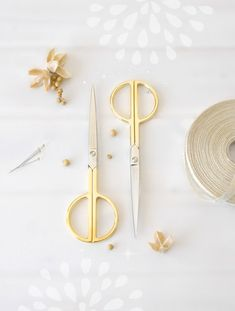 Items similar to Large Gold Scissors - Large Shears - Large Gold Scissors - Large Sharp Scissor - Wool Felt Scissors - Scissors - Elegant Gold Scissors on Etsy Tailor Scissors, Embroidery Tools, Felt Sheets, Gold Paper, Felt Ball, Diy Home Crafts, Holiday Wreaths, Wool Felt, Pure Products