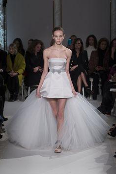 Fashion Wire Press - Giambattista Valli Giambattista Valli Haute Couture Spring Summer 2017 Paris undefined
