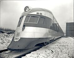 The Comet was a diesel electric streamliner built in 1935 for the New York, New Haven and Hartford Railroad by the Goodyear-Zeppelin Compan...