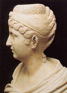 Portrait of Faustina Major / Hall of the Emperors / Palazzo Nuovo, 161 AD, marble.  Musei Capitolini