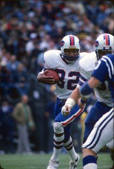 Running back OJ Simpson of the Buffalo Bills