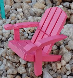 Diy Barbie Furniture, Fairy Furniture, Miniature Furniture, Dollhouse Furniture, Popsicle Stick Crafts, Craft Stick Crafts, Crafts For Kids, Plate Crafts, Popsicle Sticks