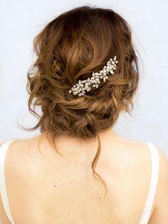 brooklyn-rhinestone-pearl-bridal-hair-comb-2-.jpg