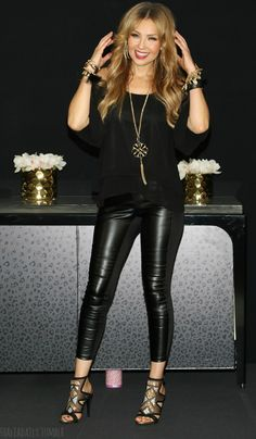Thalia kicks off her fall collection at Macys at Miami International Mall on October 2015 Edgy Outfits, Fall Outfits, Cute Outfits, Fashion Outfits, Womens Fashion, Looks Chic, Casual Looks, Thalia Sodi Collection, Leather Trousers Outfit