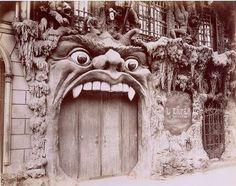 Cabaret de l'Enfer (Hell Cabaret), a popular Paris nightclub in the 1890's..