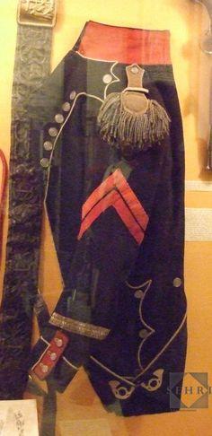 Habit de sous officier d'infanterie légère Empire, Museum, Tunic, French, Fashion, Military Uniforms, Historia, Army, Moda