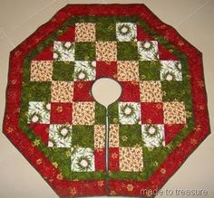Quilted Christmas Tree Skirt Tutorials I Want to Try : Behind Mytutorlist.com