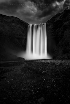 Telling a dream - The imposing Skogafoss waterfall   Photography © Elio De Nardi 2016  M y  S o u l     ∞      M y  E y e s     T h r o u g h   M y   L e n s