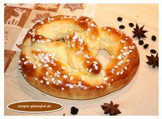 Glutenfreie Zuckerbrezeln aus Quark-Öl-Teig! Herrlich weich und lecker! www.rezepte-glutenfrei.de